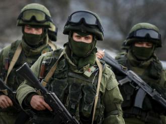 Russian-gunmen-tilted-reuters