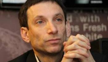 The main editor and broadcaster of the channel TVi Vitaly Portnikov expressed his concerns about Russians