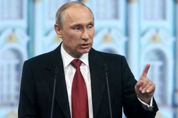 Der russische Präsident Wladimir Putin beim internationalen Wirtschaftsforum in St. Petersburg am 23. Mai