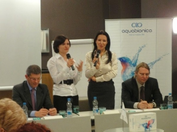 (Die zwei Personen auf der rechten Seite) Barbara Kappel und Sergey Yarkov